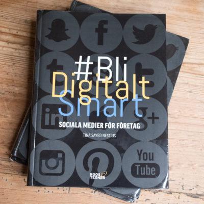 Omslaget på boken Bli Digitalt Smart - sociala medier för företag